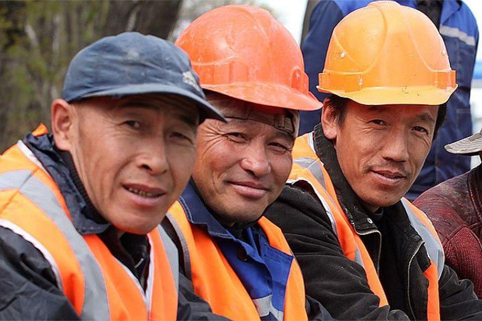 Осуществление трудовой деятельности иностранцами